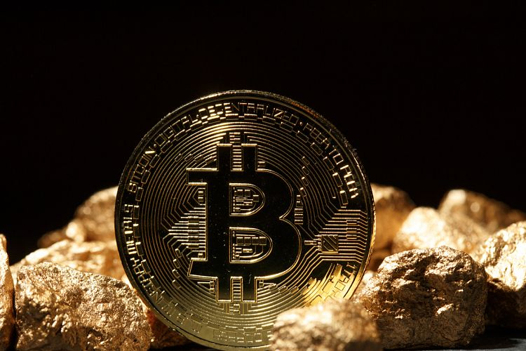 Golden Bitcoin Coin JPG set