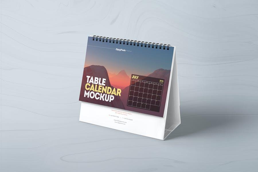4 Table Calendar Mockup